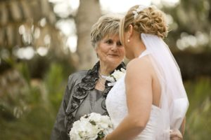 Traditional and Modern Dress Etiquette for The Mother of the Groom