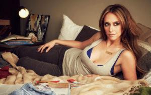 Hot Jennifer Love Hewitt Pictures
